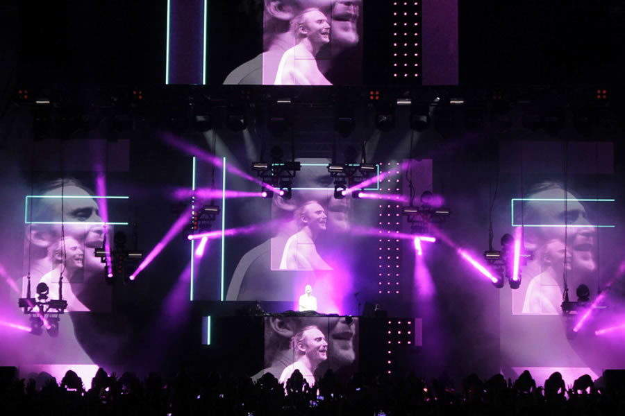 LPL was responsible for the lighting Listen tour DJ David Guetta in Brazil