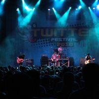 201002-twitter-festival-002