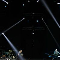 201208-maroon-5-08