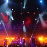 201210-evanescence-09