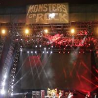 201504-monstersofrock-03.jpg